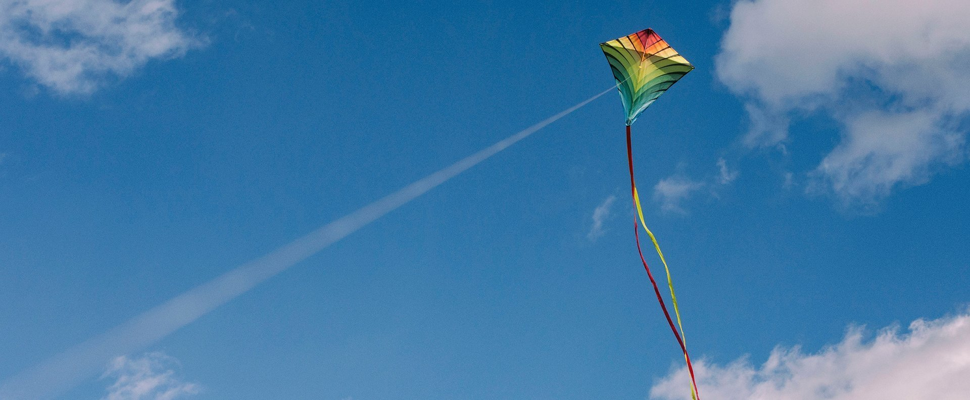 kite_1920x792